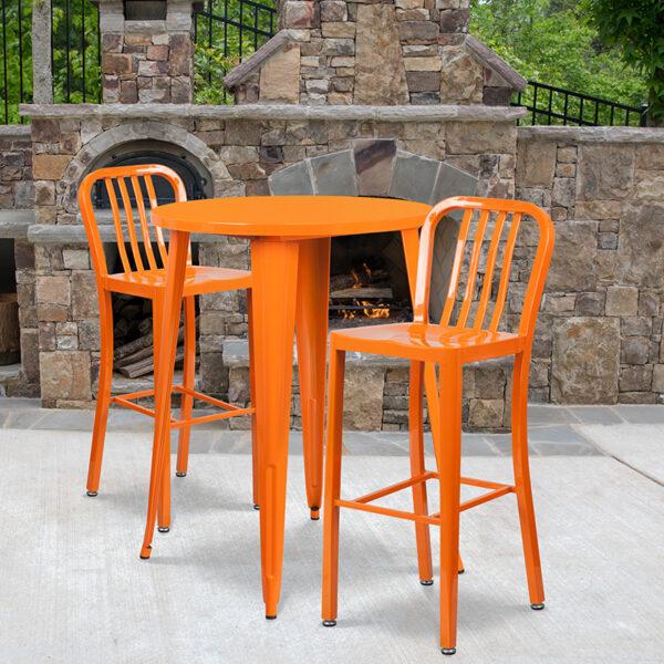 Wholesale 30'' Round Orange Metal Indoor-Outdoor Bar Table Set with 2 Vertical Slat Back Stools