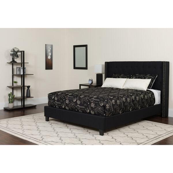 Wholesale Riverdale King Size Tufted Upholstered Platform Bed in Black Fabric with Pocket Spring Mattress
